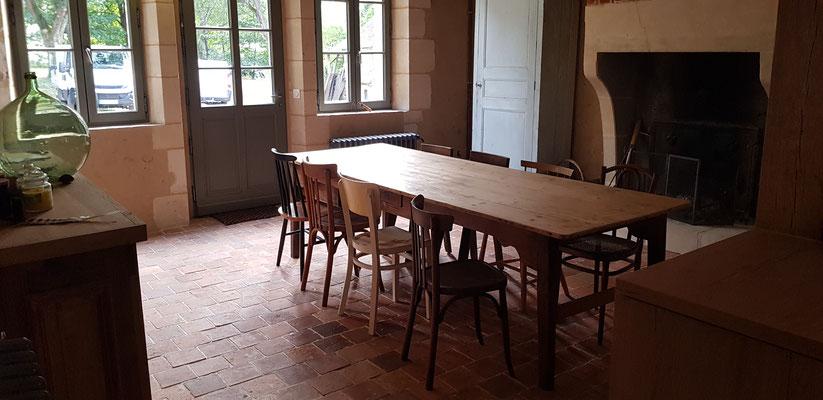 Rénovation intérieure, pavés de terre cuite de récupération