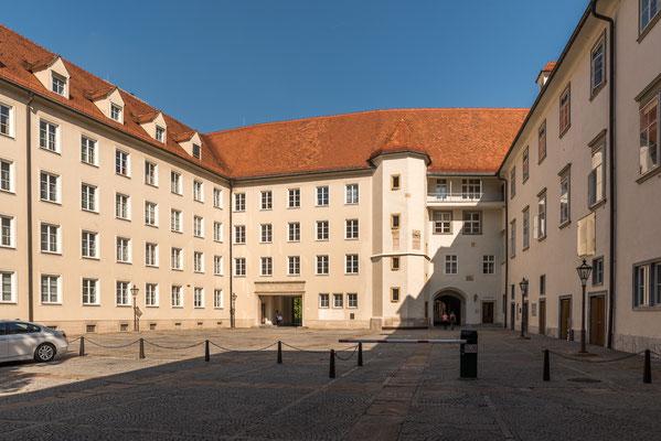 Burghof, seit 1922 Sitz des Steirischen Landeshauptmannes