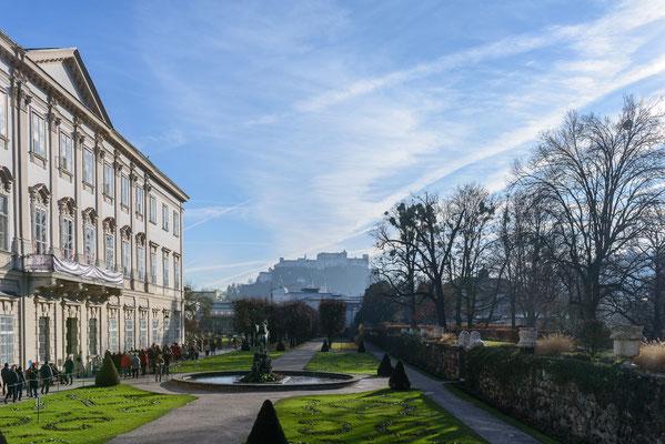 Mirabellgarten mit Burg