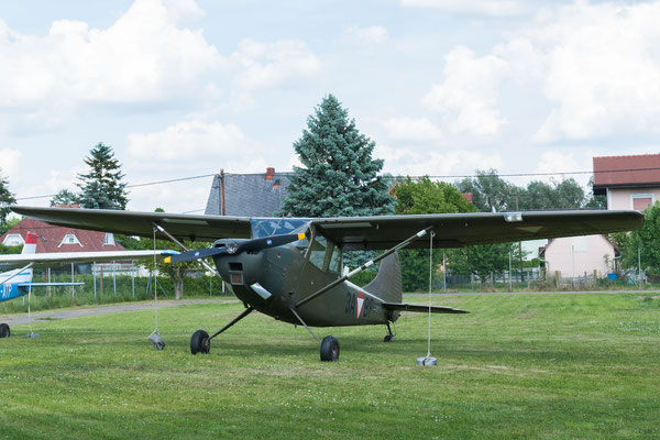 "Cessna L-19A/E ""Bird Dog"""