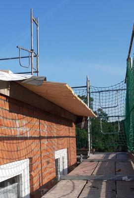Hier entsteht der neue Dachüberstand