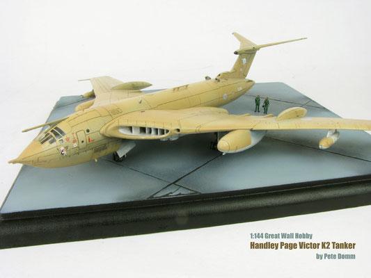 Handley Page Victor K2 Tanker 1/144 GWH by Pete Domm