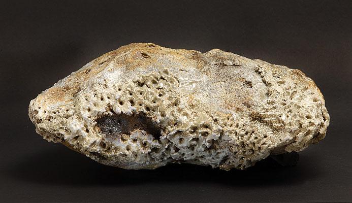 Iceland inspiration V. 40x40x25 cm. Grés et minéraux volcaniques. Vue de dessus (disponible)