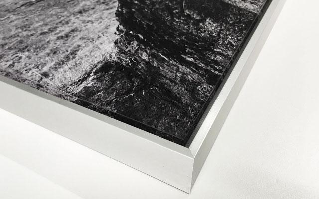 Acrylglasdruck mit Schattenfugenrahmen