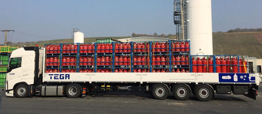Fahrzeugbeklebung LKW mit Auflieger