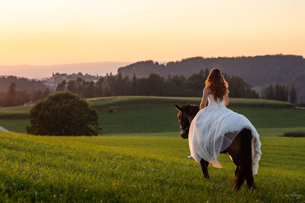 Brautpaarshooting im Sonnenuntergang