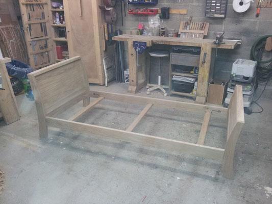 lit massif chêne cintré fabricant meuble Morbihan