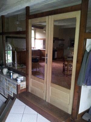 création porte vitrée chêne massif ebeniste menuisier Morbihan Vannes Elven