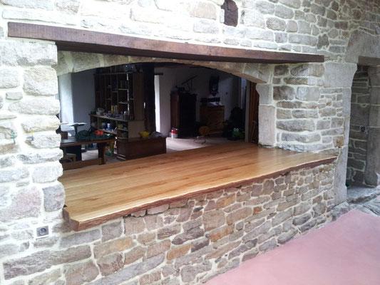 table passe plat plateau chêne massif fabricant meuble Morbihan