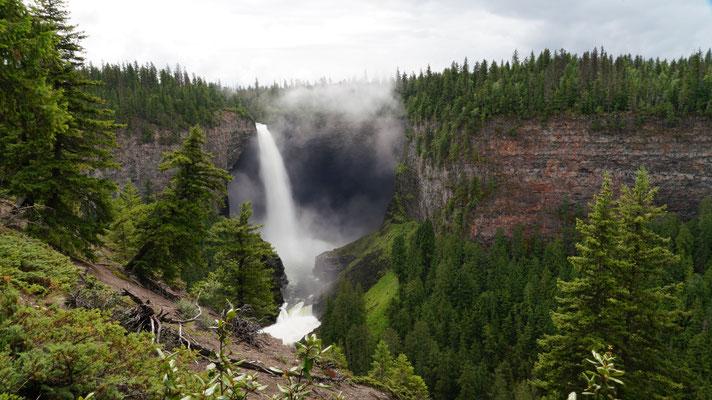 Helmcken Fall im Wells Gray Provincial Park, vierthöchster Wasserfall in Kanada