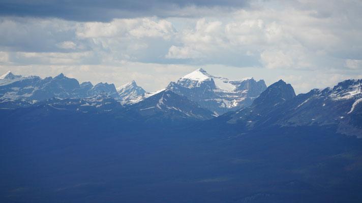 Mount Robson, der höchste Berg der kanadischen Rocky Mountains (3'954m)