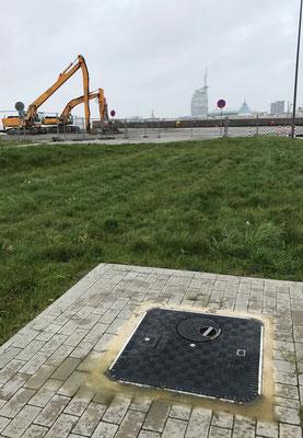 Einsatz im Bremerhaven: Bei den Umbau- und Sanierungsmaßnahmen im Hafengebiet entschied man sich für FibreIndustrial-Schachtabdeckungen.