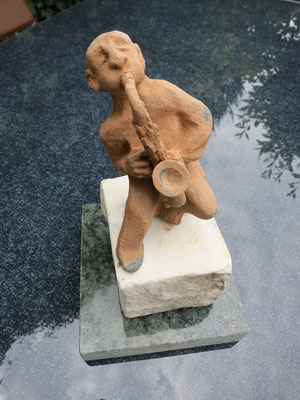 Titel: Solo,  Maße: 13 cm, Jahr: 2010