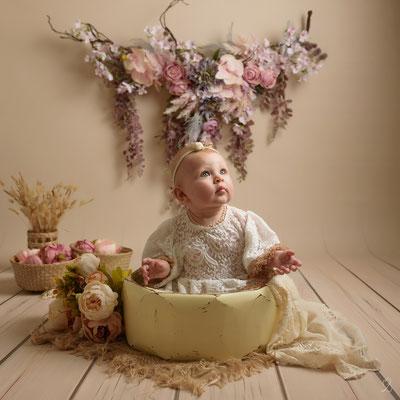 séance photo bébé tiens assis