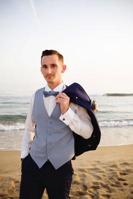 photo-mariage-couple à la plage- séance ttd- seance jour d'apres- seance trash the dress-originales-photographe-martigues-aix-marseille-13