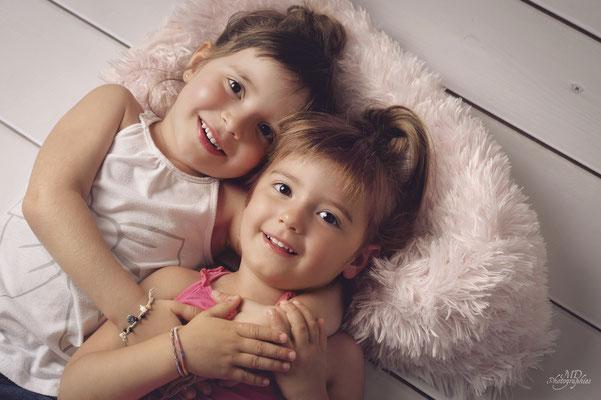 photo-photographe-portrait-enfant- studio-lifestyle-istres-shooting enfant-martigues-aix-marseille-chateauneuf-13220
