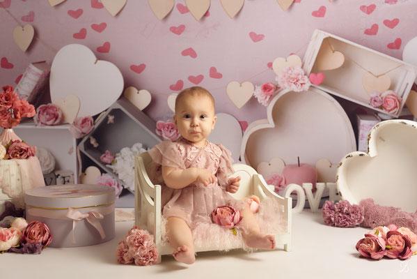 séance photo bébé fille,  thème coeur