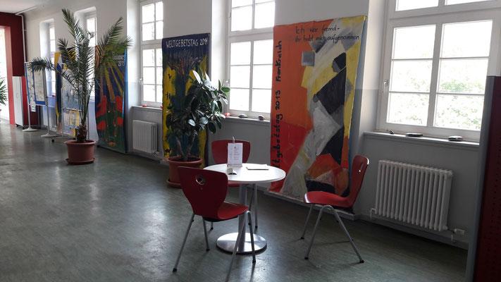Wartebereich - rote Ebene - Lehrerzimmer/Rektorat