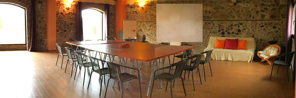 Un espacio amplio para trabajar en tu proyecto