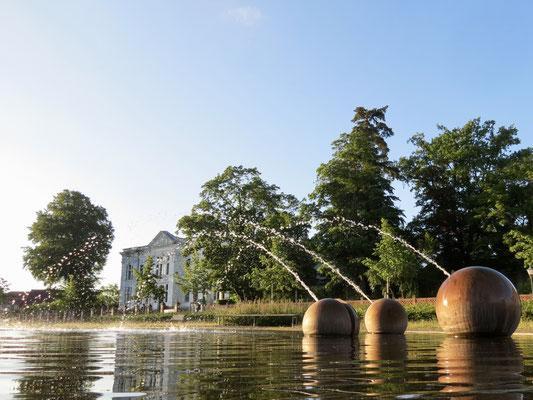 Wasserspiele an der Orangerie Neustrelitz