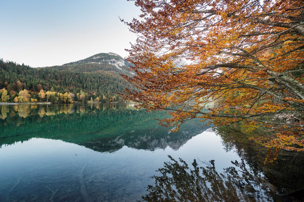 Idyllische Herbststimmung am Hintersteiner See