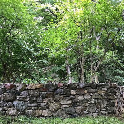 何の石垣でしょう?