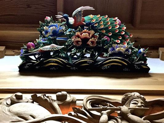 井波彫刻 孔雀