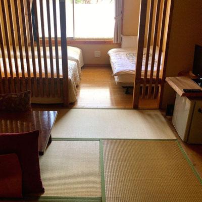 旅館みたいな部屋