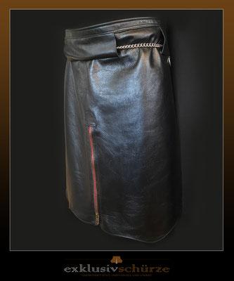 Lederschürze schwarz, mit Schlitz, Reißverschluss und Kette