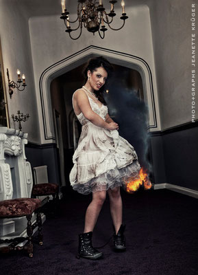 Rock the Dress -flames-