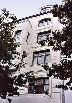 STUCKILLUSION,  Niebuhrstraße 1 Berlin-Charlottenburg, 2003, Auftraggeber: Ehepaar Kesou, Berlin,  Photo: Gert Neuhaus