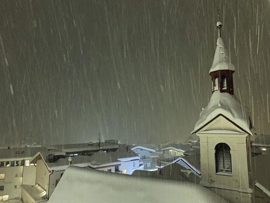 Es hat so stark geschneit, ...