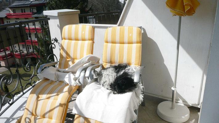 ... weil ich nicht ohne Decke auf den Liegestuhl darf.