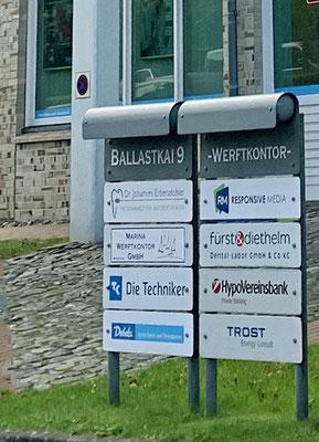 Wir haben unseren netten Banker in Flensburg besucht, ...