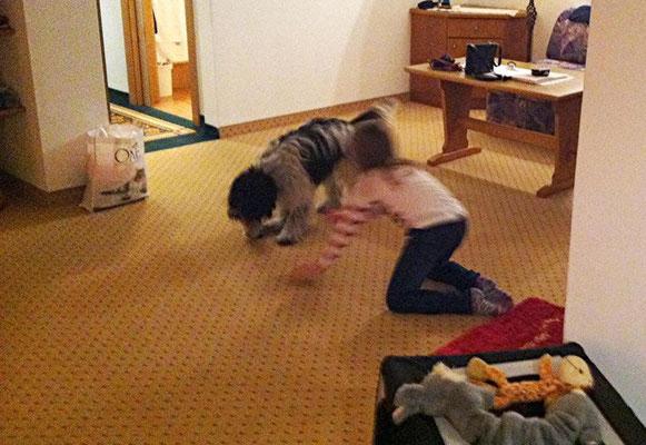 Einmal hat meine Freundin Janine uns im Hotel besucht ...