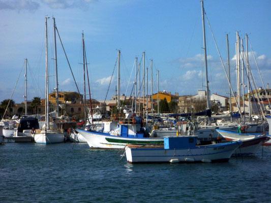 Hafen von Marzamemi