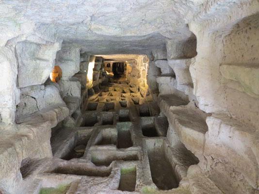Totengräber aus vergangener Zeit im Cava d´Ispica