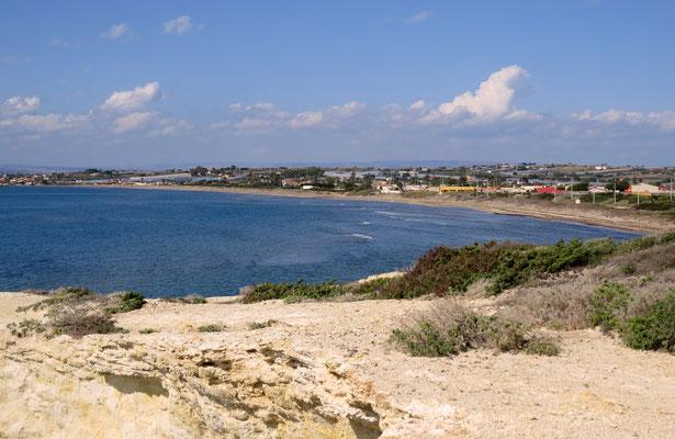 Die Küste bei Maucini ist die Verlängerung vom Granelli beach