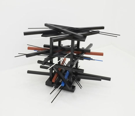 2-ACHT-17 / wood, paint, varnish / 80 x 90 x 90 cm