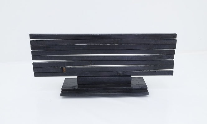 2-NEUN-17 / wood, stain, varnish / 42 x 100 x 30 cm