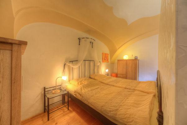 """Schlafbereich - Doppelbett mit """"Baldachin"""""""