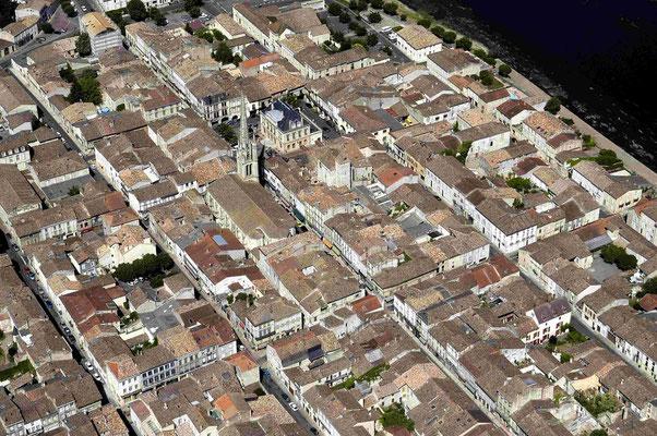 Vue aérienne de Sainte Foy la Grande, bastide médiévale du 13ème siècle