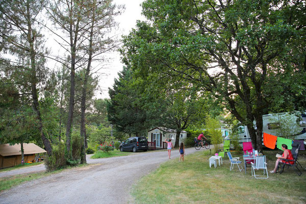 camping emplacement dordogne