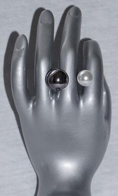 Anthrazit mit Perle