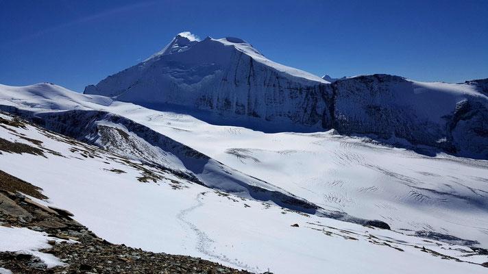 Die Westflanke des Barrhorn, der Brunegggletscher und das Bishorn
