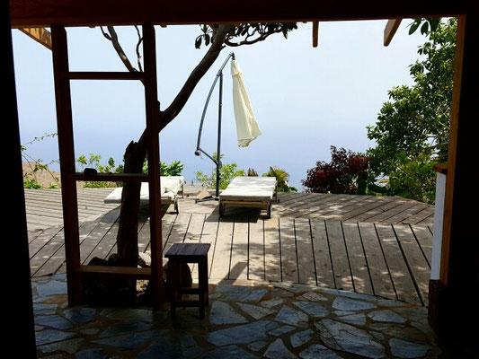 Die einsame Terrasse der Finca la Roseta