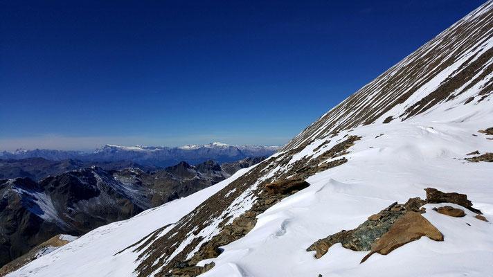 Noch 200 Meter, der Hang steil, die Luft dünn.