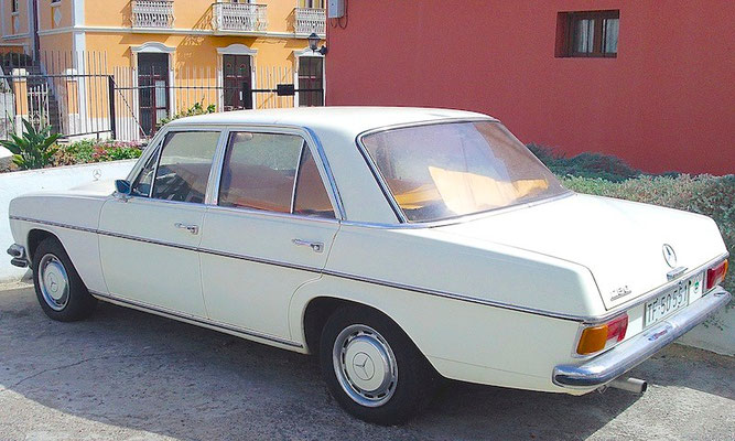 W 114, 1968