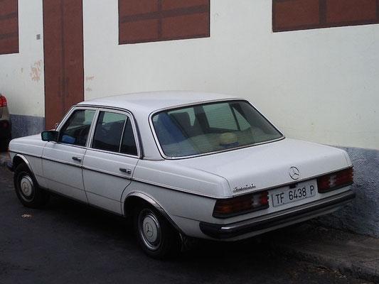 240D, 1983
