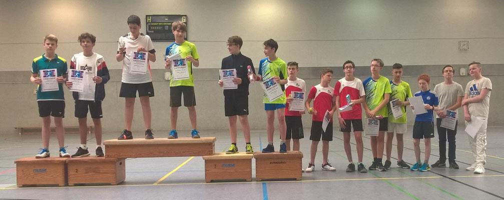 Noah mit Antonio 6. Platz U 15 / Nico mit Vincent 3. Platz U15 / Simon mit Simon aus Velbert 5. Platz U15